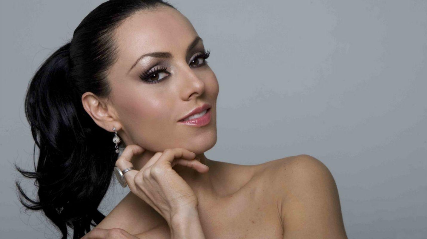 Images Ivonne Montero nudes (43 photo), Topless, Bikini, Boobs, underwear 2018